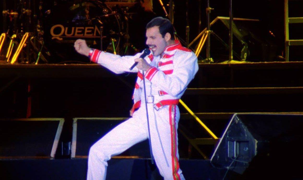 queen freddie mercury magic tour a kind of magic budapest 1986